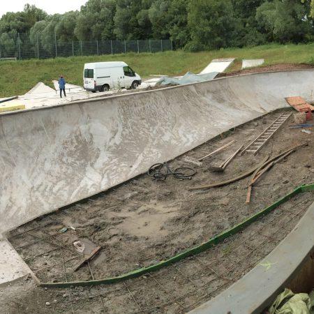 Bowl-Baustelle_SkateparkAugsburg_001